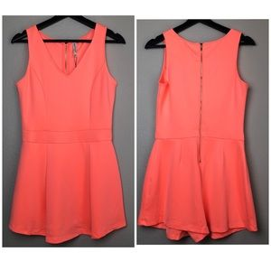 Dresses & Skirts - Sleeveless Romper in Medium NWT